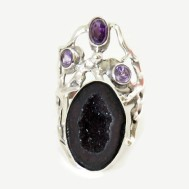 lucite-agate-and-amethyst-sterling-silver-ring-3-480x480